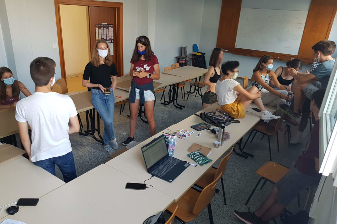 Photo de l'assemblée générale de rentrée de Youth for Climate Chambéry, Rhône Alpes, en 2020.